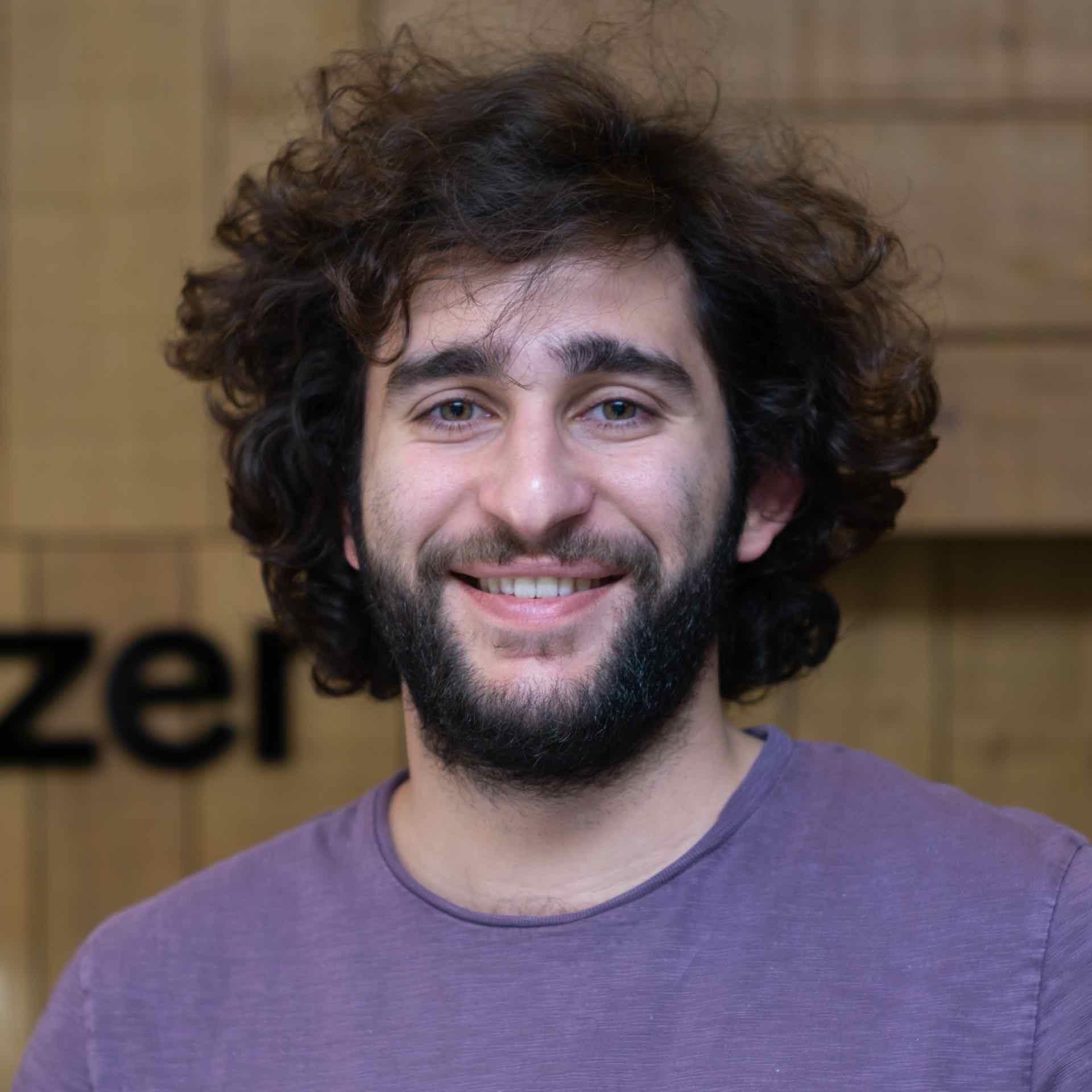 Darius Afchar